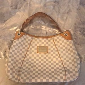 Beautiful bag for sale